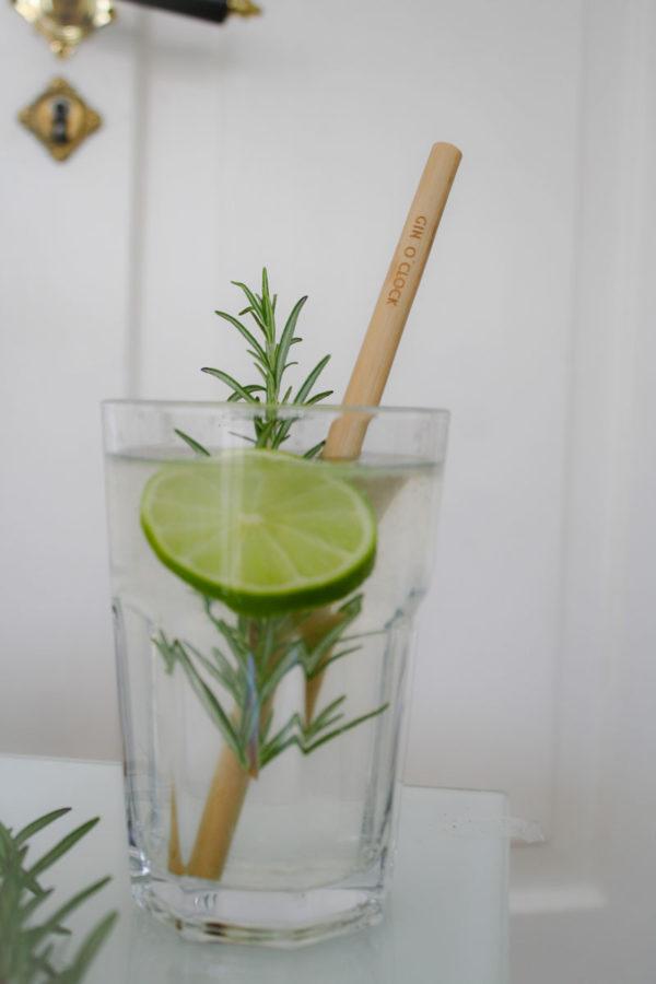 "Ein Bambusstrohhalm aus unserer Gin Edition ""Gin o' clock"""